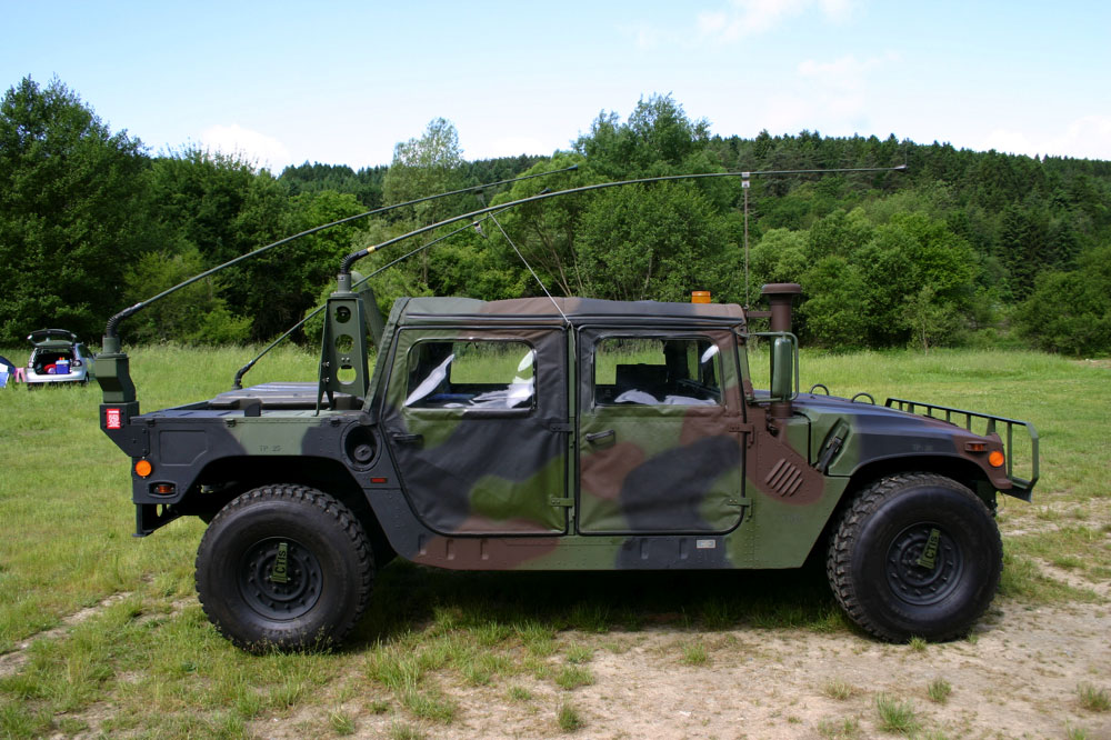 Pic of Antenna Mount - G503 Military Vehicle Message Forums